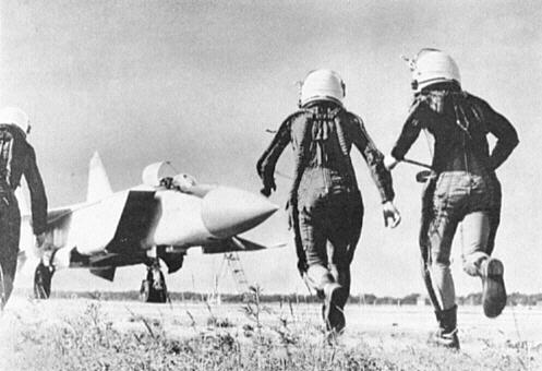 MiG-25_35.jpg