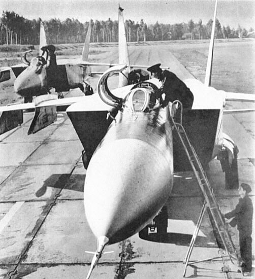 MiG-25_37.jpg